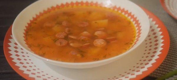 Суп с фасолью и охотничьими колбасками