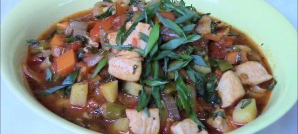 Куриный суп из азиатской лапши лагман