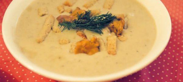 Суп из сыра и грибов