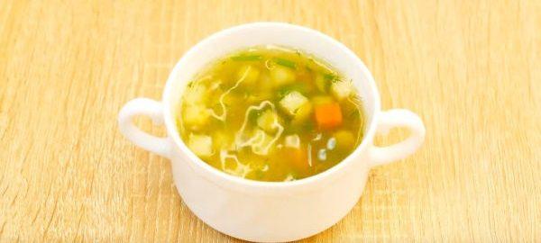 Суп с форелью и овощами