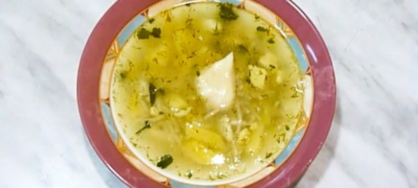 Картофельный супчик с яйцами
