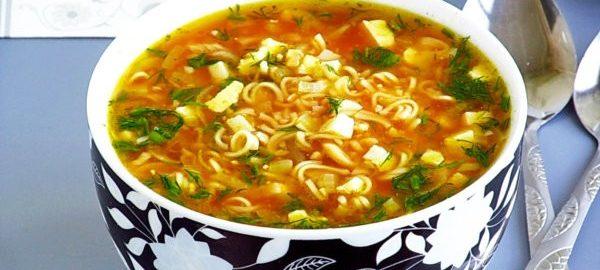 Суп с картошкой и ролтоном