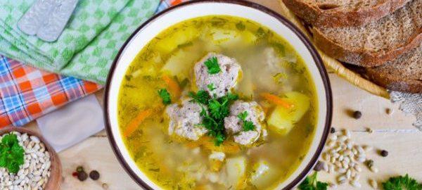 Суп с перловой крупой и фаршем