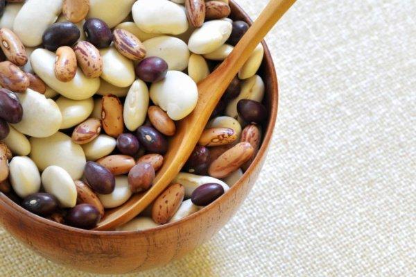 Пиала с видами бобовых