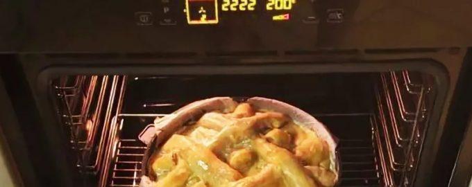 Устанавливаем температуру духовки
