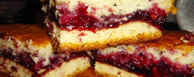 Пирог с густой начинкой