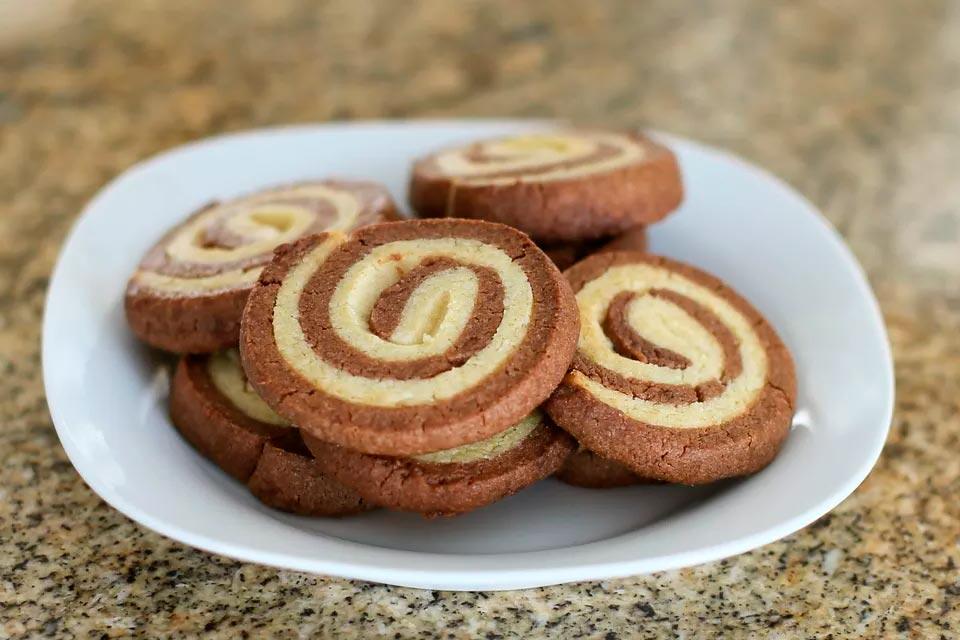 Шоколадное ванильное печенье