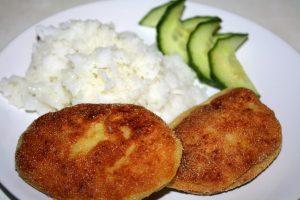 Котлеты из рыбы с рисом